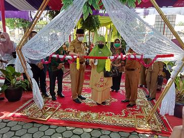 Ketua Dekranasda Kabupaten Solok hadiri Bazar Ramadhan Propinsi Sumbar