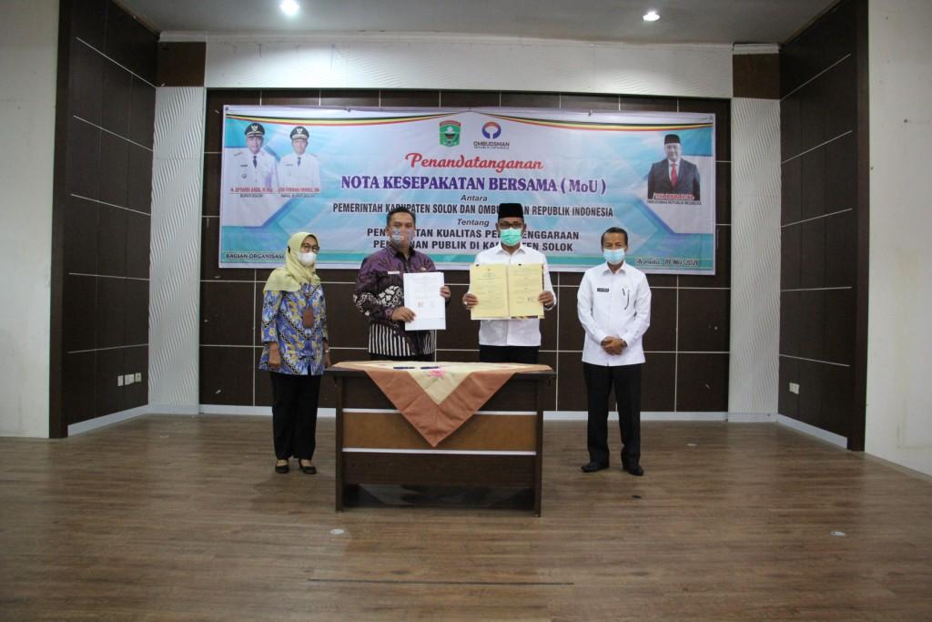 Tingkatkan Kualitas Pelayanan Publik,  Pemerintah Kabupaten Solok Lakukan MoU dengan Ombudsman RI