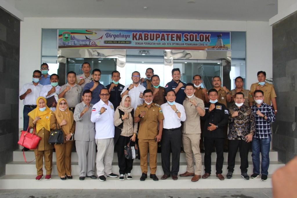 Tinjau Lokasi Longsor, Wakil Bupati Solok Dampingi Kunker Wagub dan Anggota DPRD Propinsi Sumbar