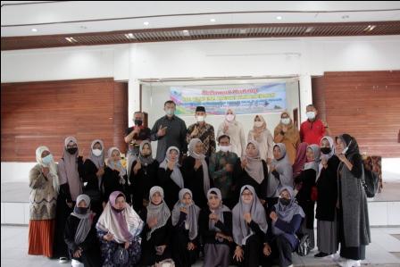 Ny. Emiko Epyardi Asda Kukuhkan Pengurus Forum UMKM Kabupaten Solok